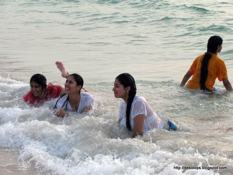Wet College Indian Girls In The Sea Bra Visible