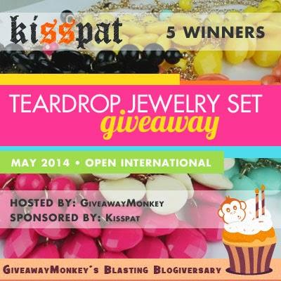 Teardrop Jewelry Set Worldwide Giveaway