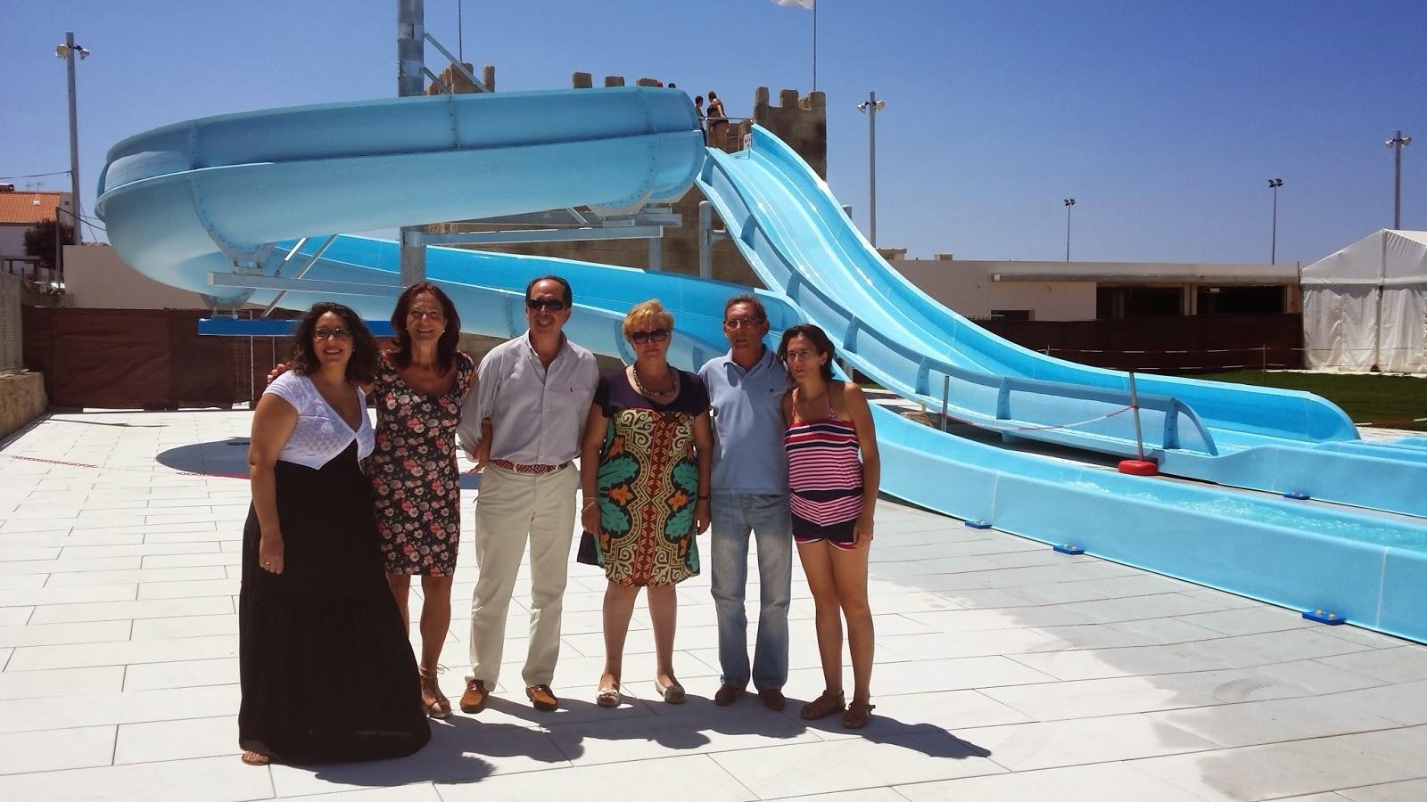 La nueva piscina de villanueva de c rdoba estrena sus for Piscina municipal cordoba