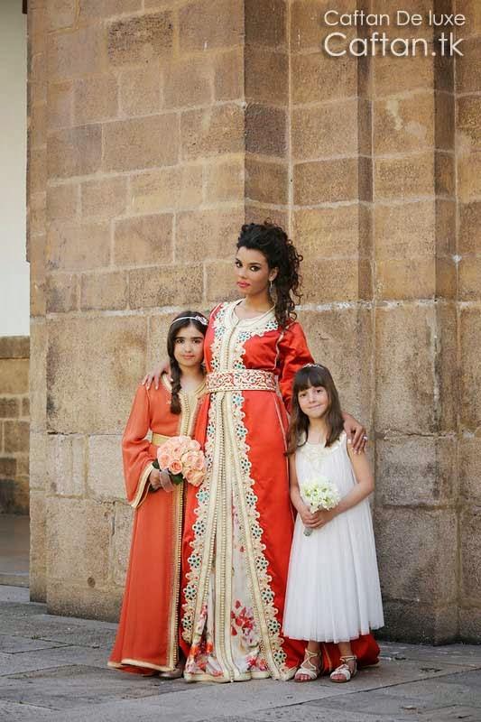 robe-marocaine-orange-attirante