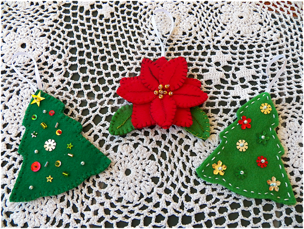 Art Threads: Christmas in July