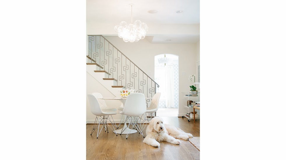 Girly dallas bungalow from collins interiors belclaire house for Interior design di bungalow artigiano