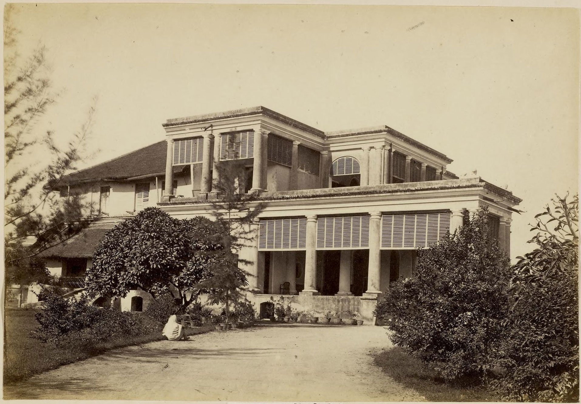 Hyat buksh kothi lucknow 1870 39 s old indian photos for Home architecture in lucknow