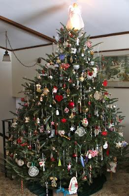 """""""'rocking around the Christmas tree"""""""
