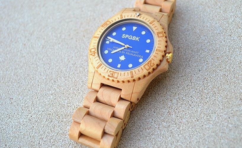 Relojes de Madera de Arce Reciclada, Arte y Funcionalidad Ecoresponsable