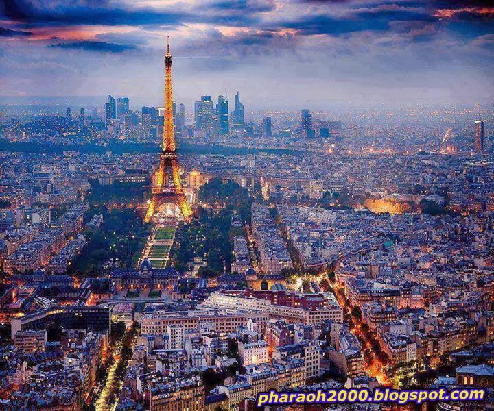منظر رائع لليل باريس