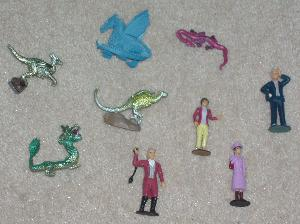 Dragonology figures.