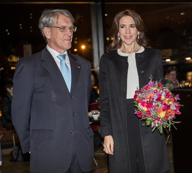 This is the third time that the Crown Princess is in charge of the award ceremony, which was first awarded in 2011.