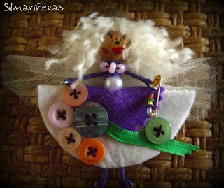 Broche Marimodistilla-