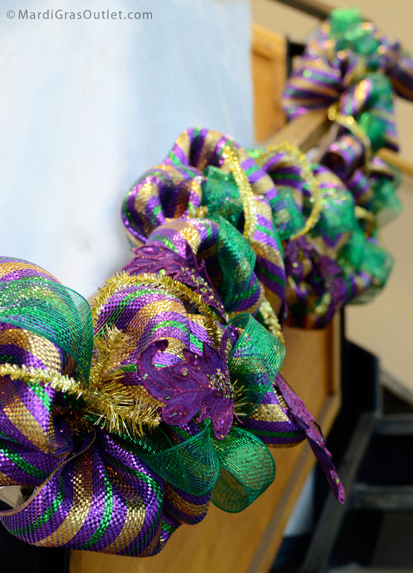 Add in Mardi Gras sprays for additional accents- Acanthus Leaf Sprays
