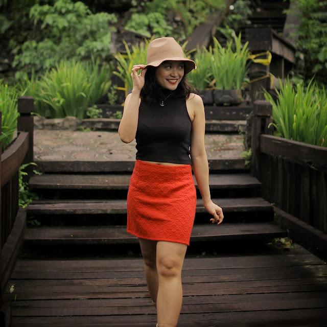 H&M midrib shirt, miss selfridge skirt, Promod hat, lace-up sandals