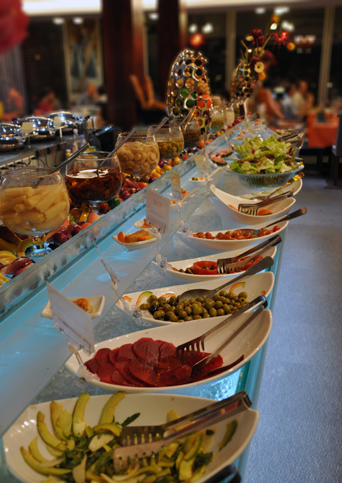 Bbq buffet at samba in phnom penh cambodia for Samba buffet