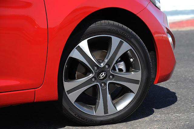 Суппорт, тормозной диск, колесный диск, шины Hyundai Elantra Coupe 2013