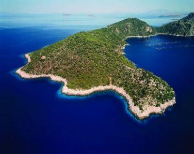 Ξεπουλάνε τα νησιά μας! Πουλήθηκε το ελληνικό νησί Οξυά!