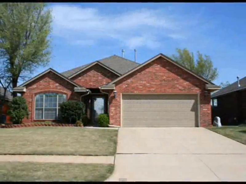 Homes Houses For Sale Yukon Oklahoma Usa 4024 Catamaran Drive 3 Bedroom 2 Bath Fireplace High