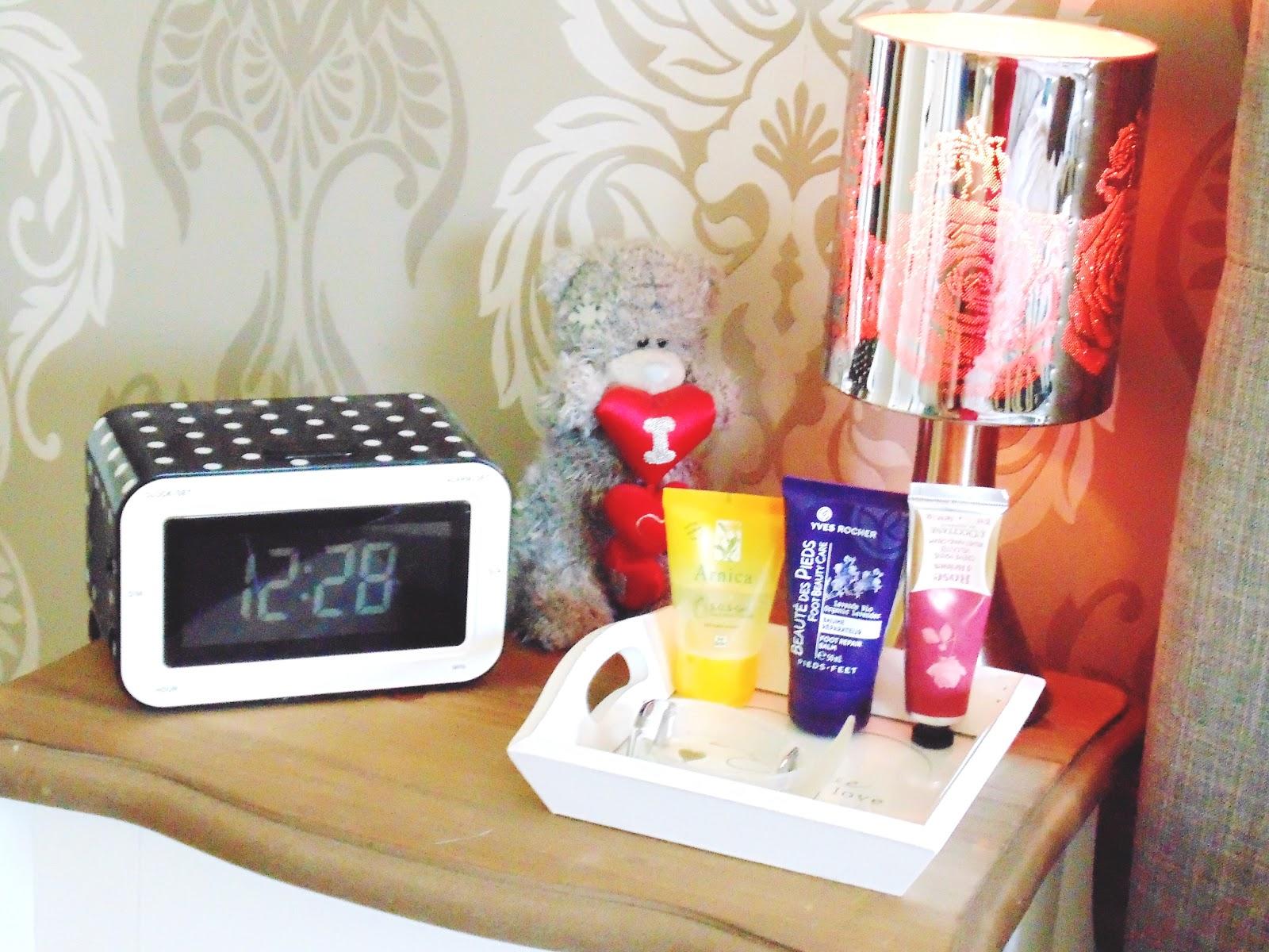 Creëer jou eigen hotelkamer + 10 tips voor je kamer koel te houden ...
