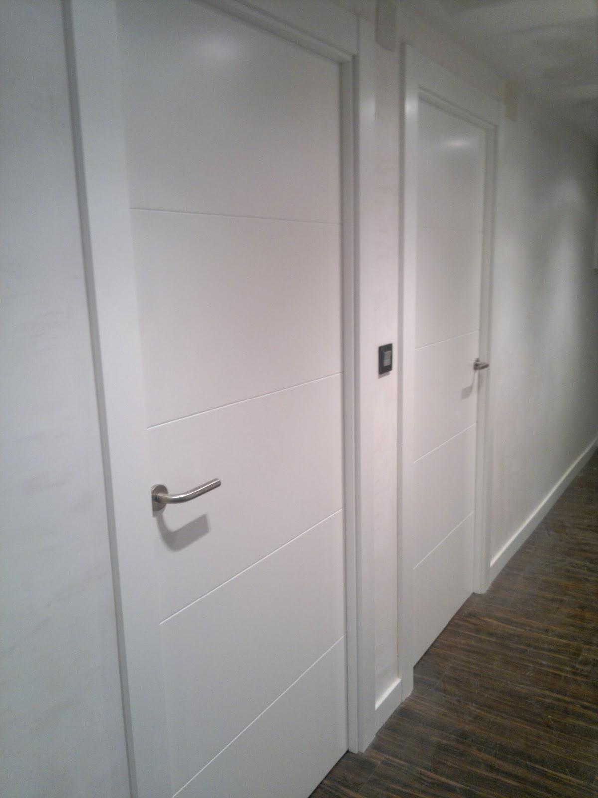 Ebanisteria carpinteria manuel perez zaragoza puertas lacadas en blanco zaragoza - Puertas en blanco ...