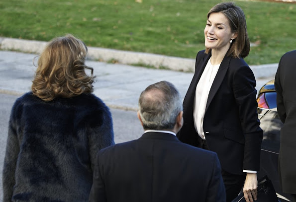 Queen Letizia of Spain attends a Seminar on Assistance Nutrigenomics at CSIC Institute