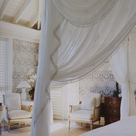 Eye for design decorate with lace for romantic interiors for John stefanidis interior design