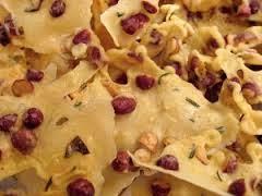 Cara membuat Peyek Kacang Yang Renyah