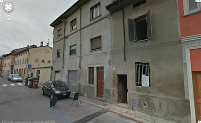 Edificio moderno in Via Borghetto