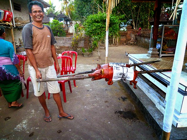 babi guling, Bali