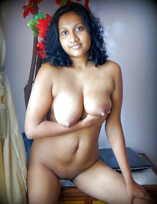 nude busty beauty indian girl