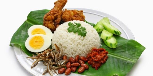 5 Manfaat Makan di Atas Daun Pisang