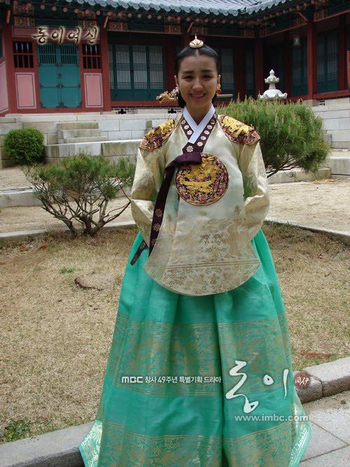 kertasburam hanbok kerajaan dinasti joseon dongyi