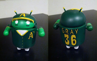 Louis Gray Android Figurine