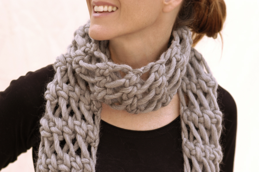 Knit 1 La The Misti Net Scarf