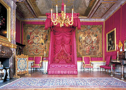 Art and Interior: SPECIAL SERIES: Bedrooms of the Royals (part 1)