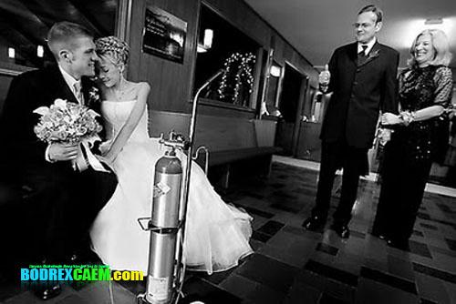[imagetag] bukanklikunic.blogspot.com - Kisah Mengharukan, Menikah Menjelang Detik Detik Kematian [FOTO]