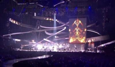 el demonio en concierto de taylor swift