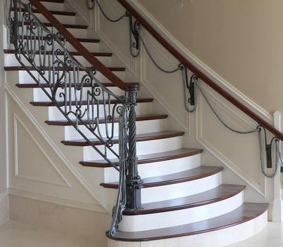 Decoraci n de escaleras de hierro forjado imagui - Balcones de forja antiguos ...