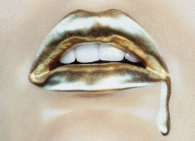 Metallic Golden Lip Makeup