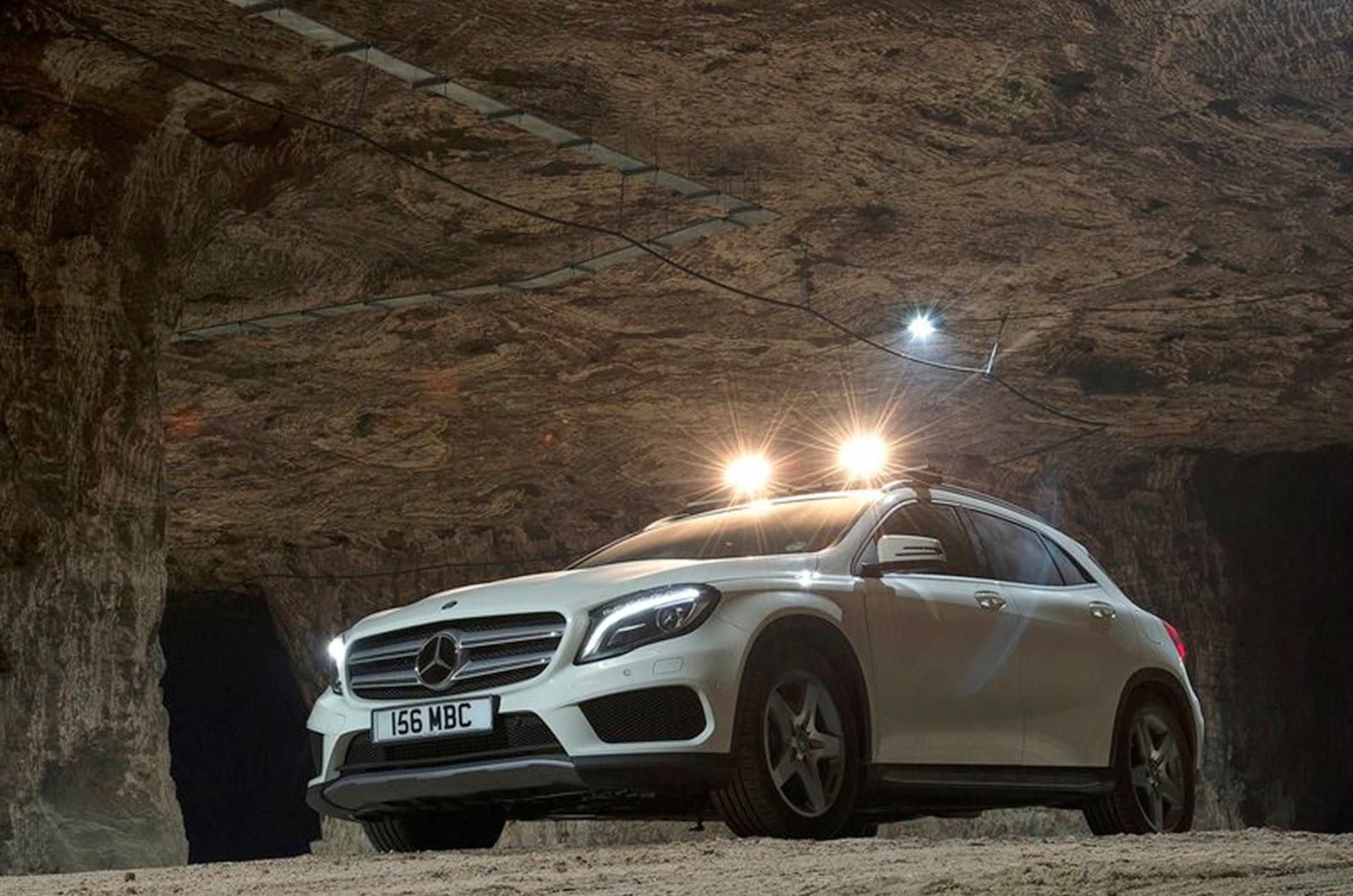 http://2.bp.blogspot.com/-k3pz96Pdb6M/U4q7H2FI5uI/AAAAAAAAK_E/OfPzgEoX_4Y/s1600/Carro-Mercedes-Benz-GLA_UK-Version_2015_wallpaper_car-+1800x1192.jpg
