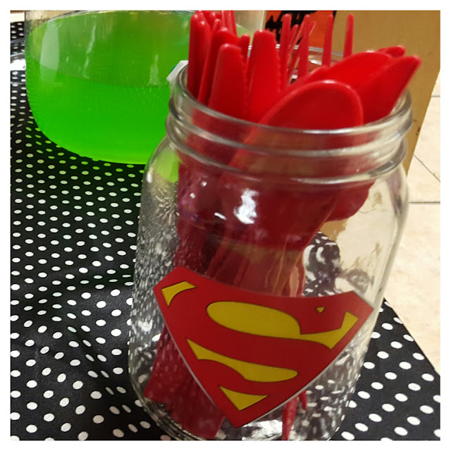 diy superhero party, superhero mason jars, eventsojudith
