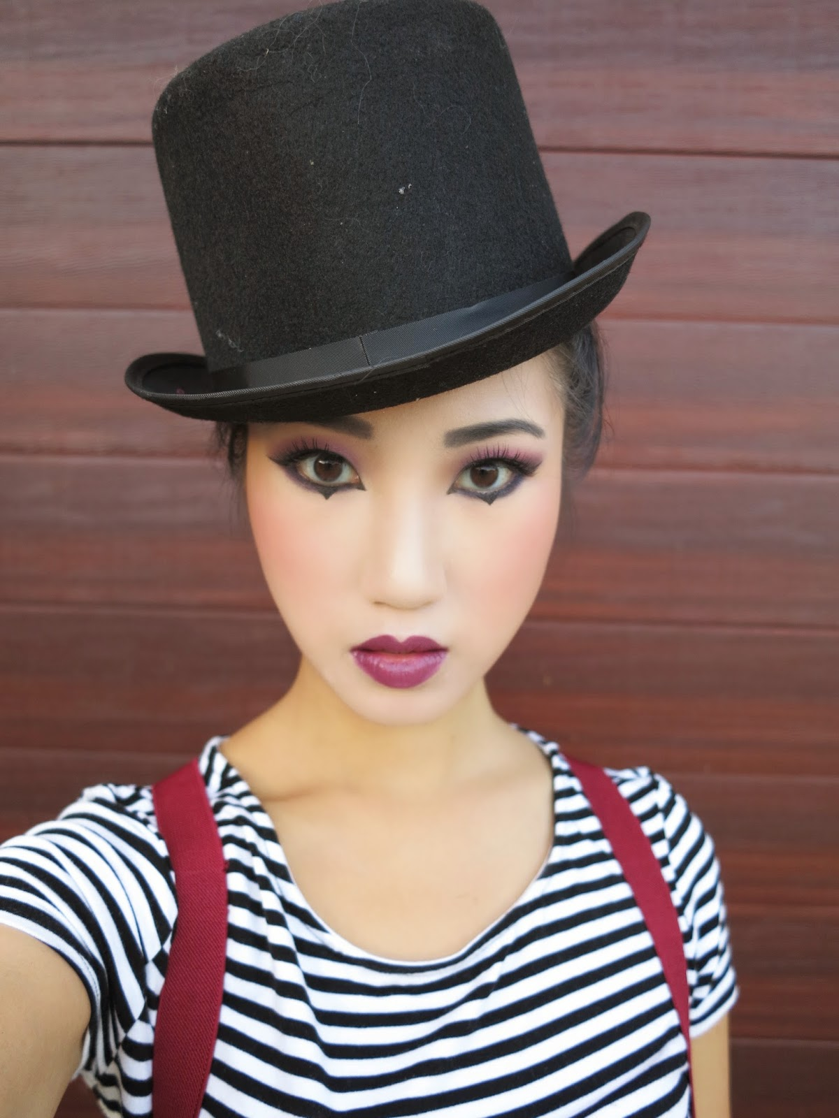 KimKine.com Mime Makeup And Costume