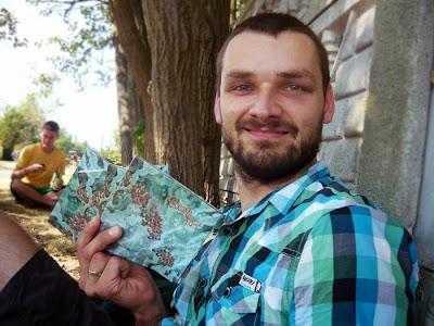 Rafał Konopka, lider i twórca projektu Ocean of Noise  ze swoim dziełem - świeżo wydanym albumem.