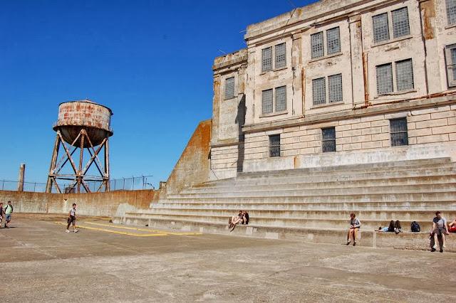 carcere di Alcatraz, cortile