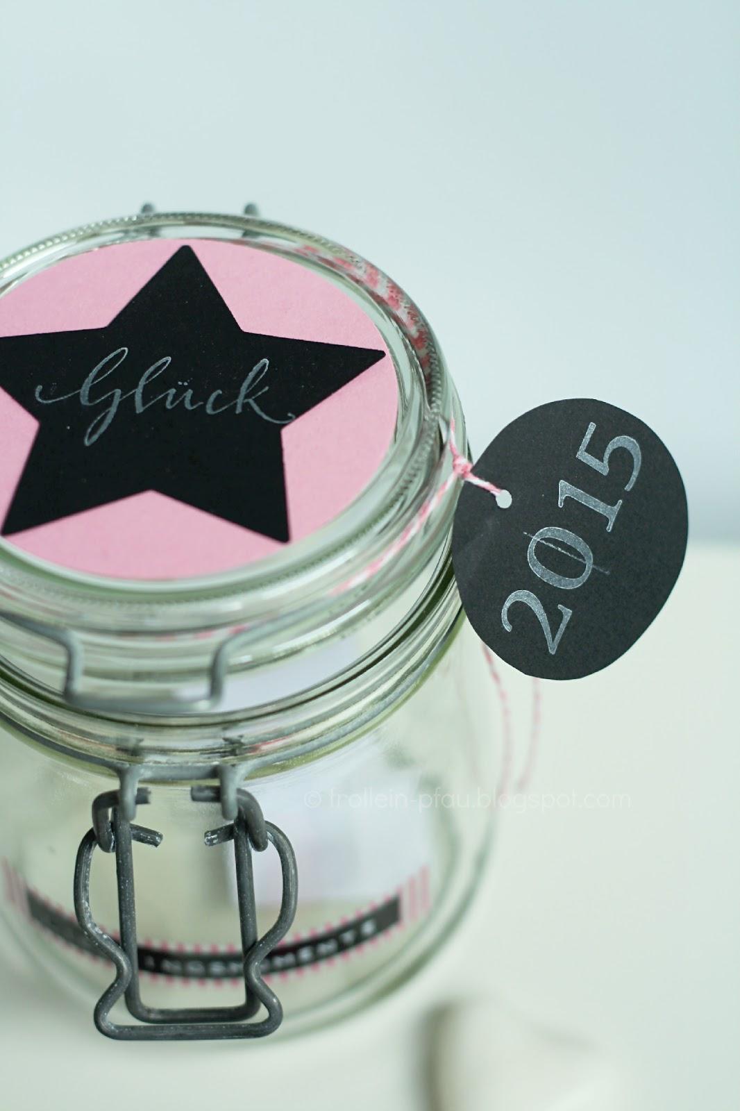 Creadienstag, DIY, basteln, Lieblinngsmomente im Glas, Glück im Glas, Einmachglas, kreatives Geschenk, Geschenkidee, Erinnerung im Glas, Silvester, Neujahr