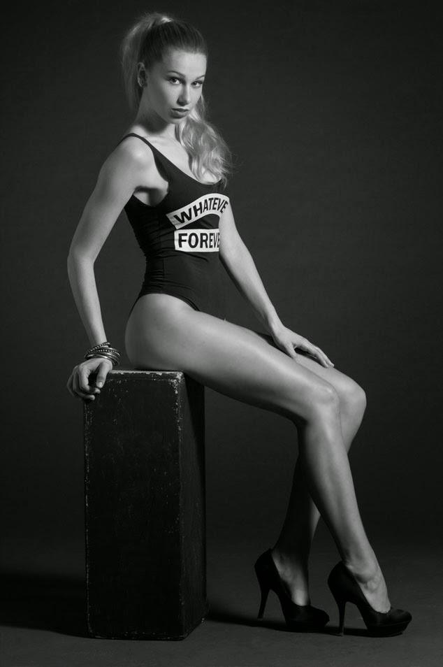 Dominique Tampier para Pamela Victoria Couture Blog