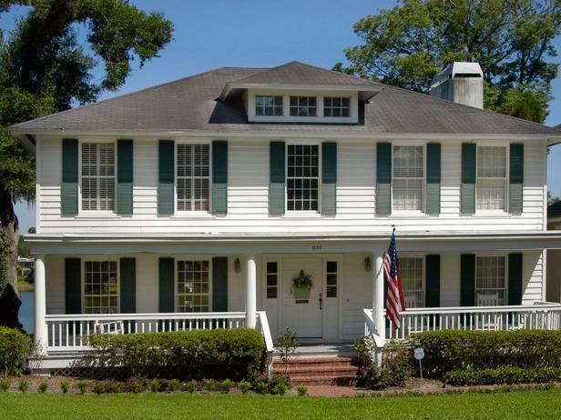 Desain Teras / Beranda Rumah Ala Kolonial Inggris Belanda