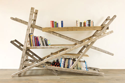 http://2.bp.blogspot.com/-k4r9rHeBSrk/TmElPImJ-CI/AAAAAAAAA_w/uheYJO9Wquw/s640/chris-ruhe-ladder-bookshelf.jpg