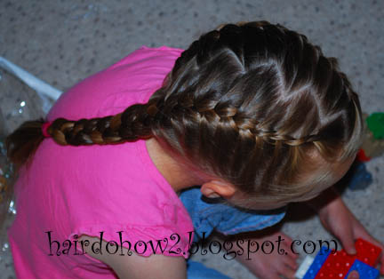 Hairdo how to lesson 66 french braid with zigzag part lesson 66 french braid with zigzag part ccuart Images