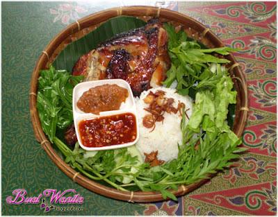 Nasi Ayam Penyet Sarawak Sedap Best Murah