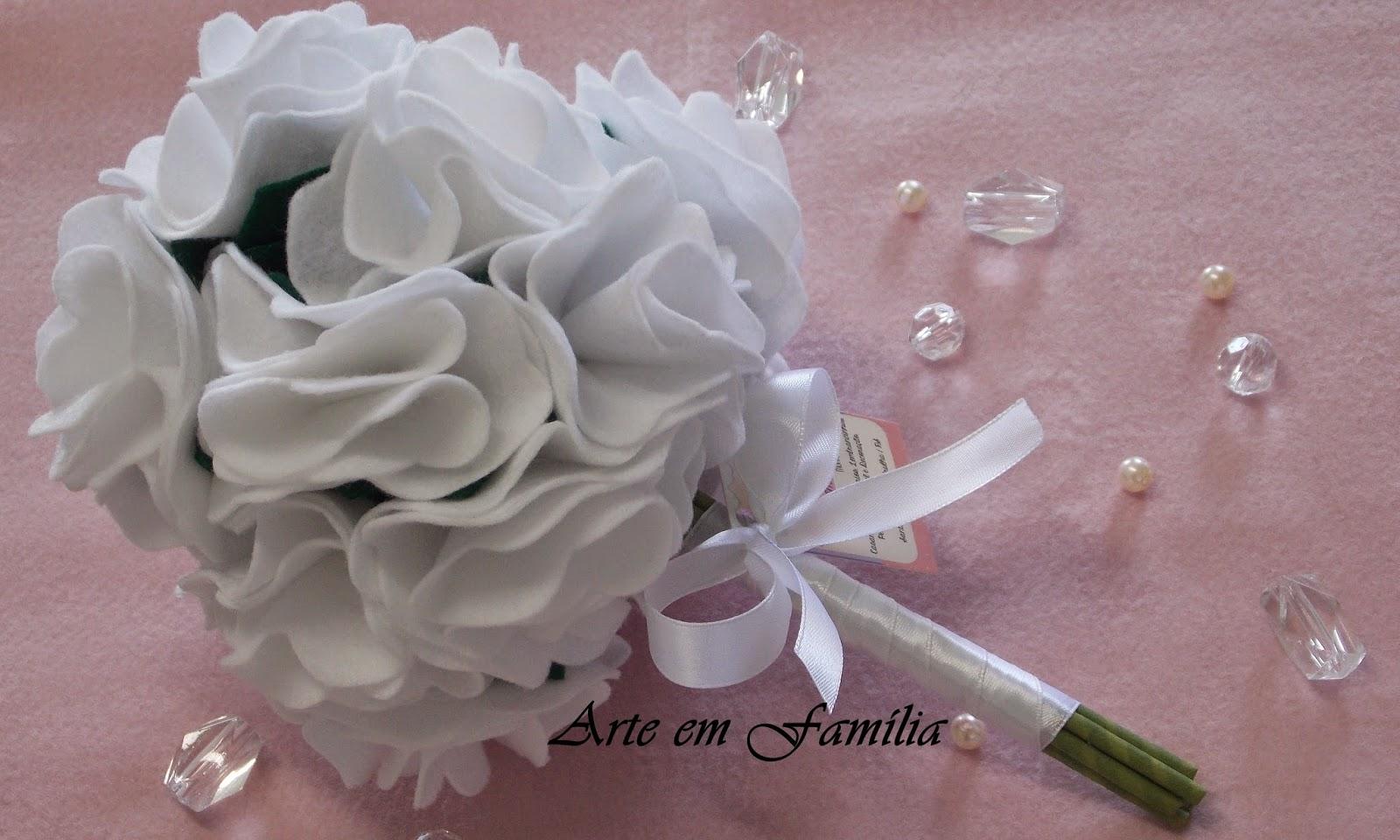 buquê de noiva artesanal de flores de feltro