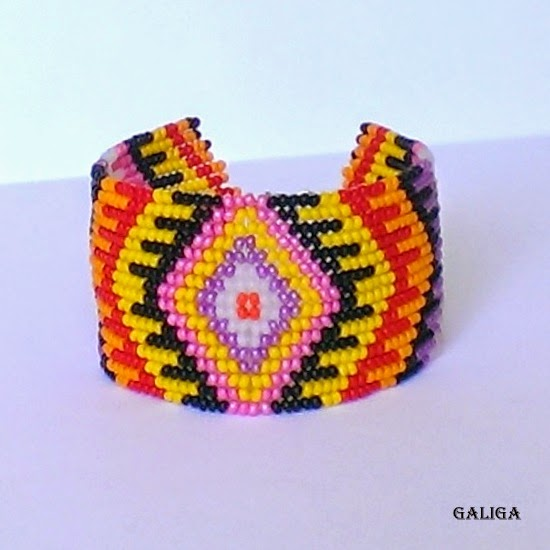 ethnic style beaded jewelry-colorful seed bead bracelet-folk pattern cuff
