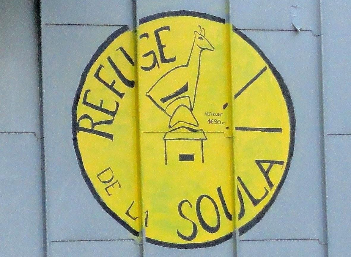 http://besoalsol.blogspot.com.es/2014/08/travesia-del-refugio-la-soula-al.html
